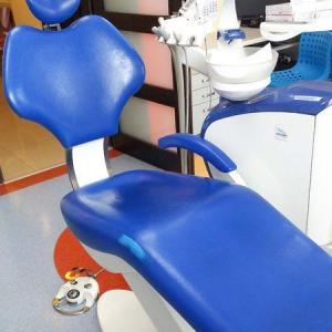 fotel jasno-niebieski